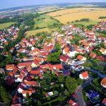 Man sieht eine Luftaufnahme von Kefferhausen